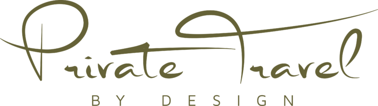 Private travel by design logo